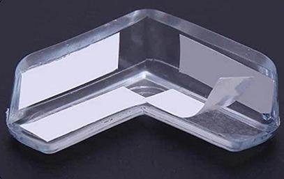 Instalace ochrany rohů na rohy stolu