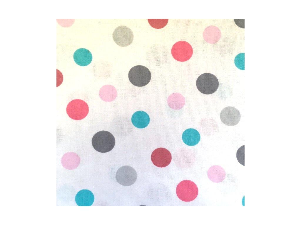 barevné puntíky na bílé