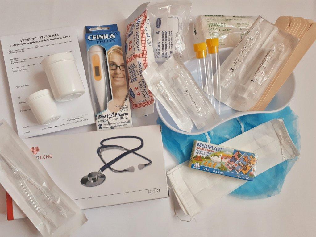 Vybavení doktorského kufříku s pravým stetoskopem (červený)