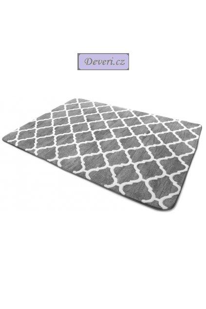 Plyšový kusový koberec 3D Clover šedý medium a bílý