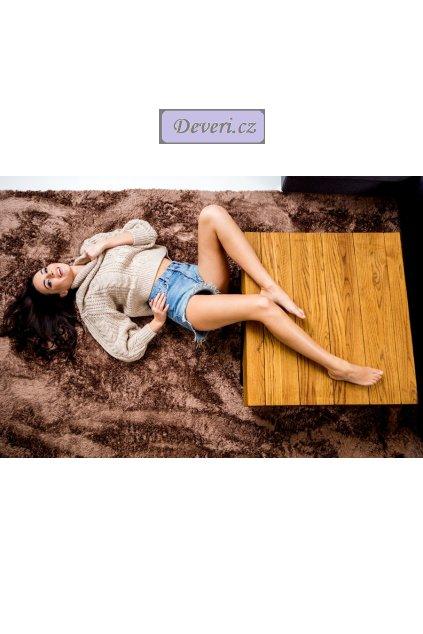 Plyšový kusový koberec mocca