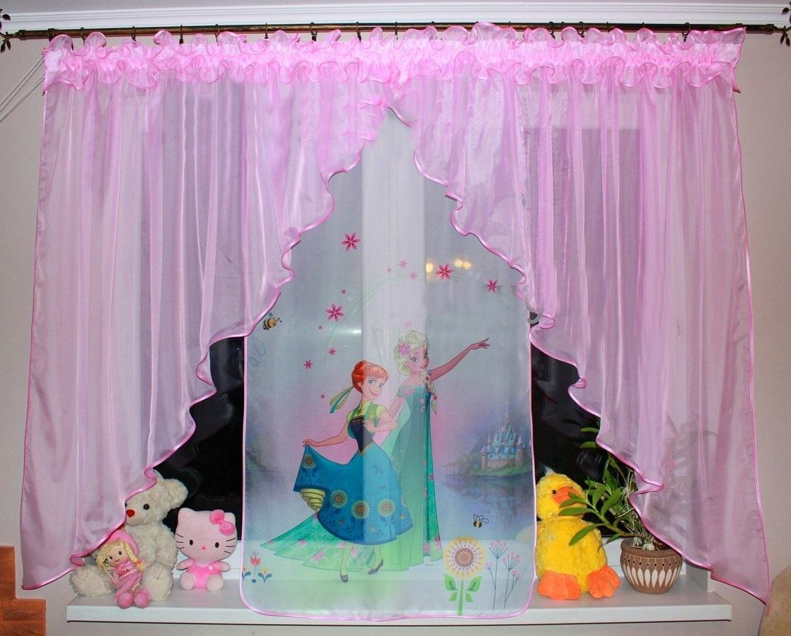 Voálová záclona Bela Anna a Elza květiny světle růžová dva úkosy 400x145cm