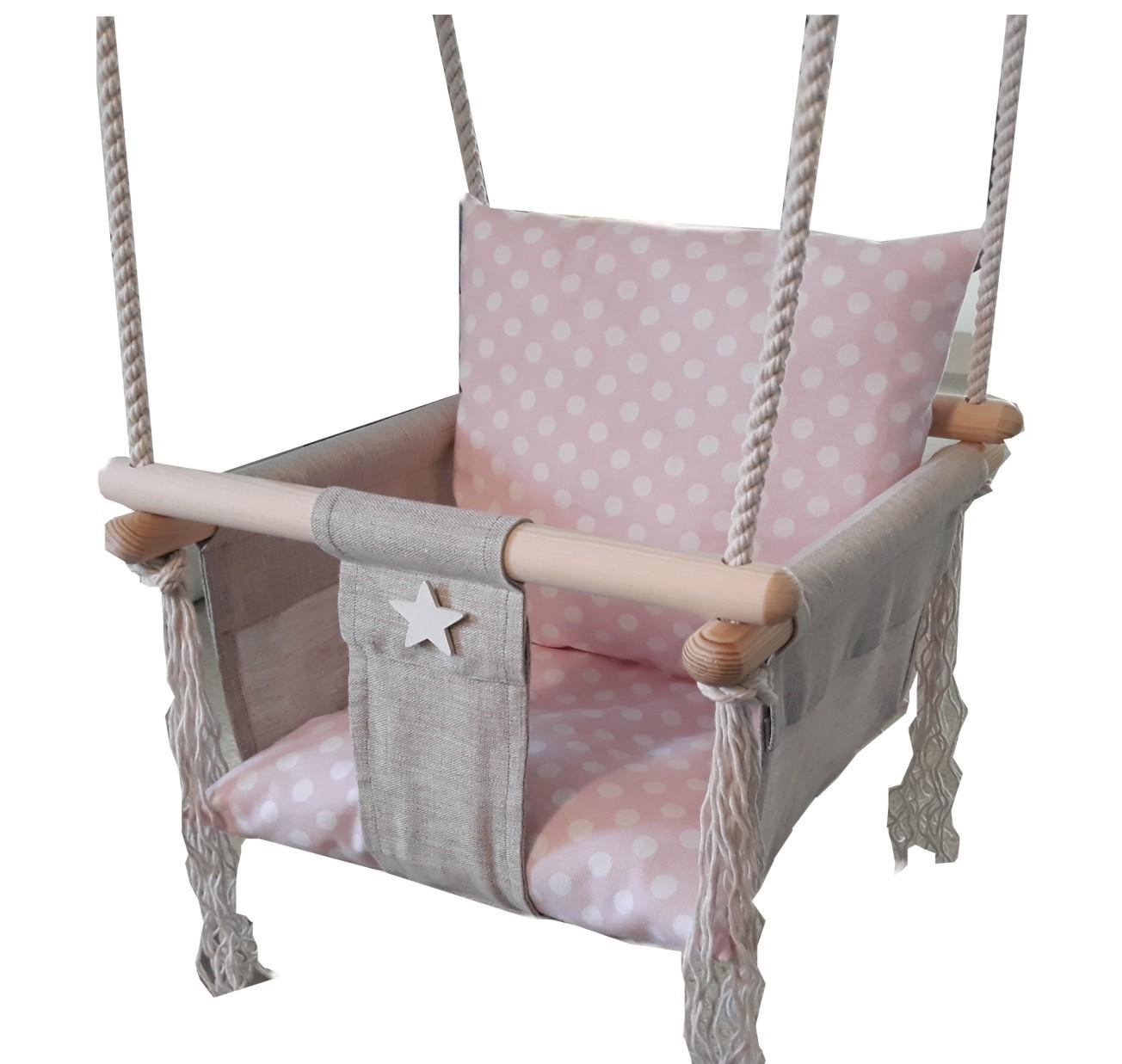 Barevná dřevěná houpačka Rita pro děti do bytu i na zahradu do 18kg puntíky v růžové