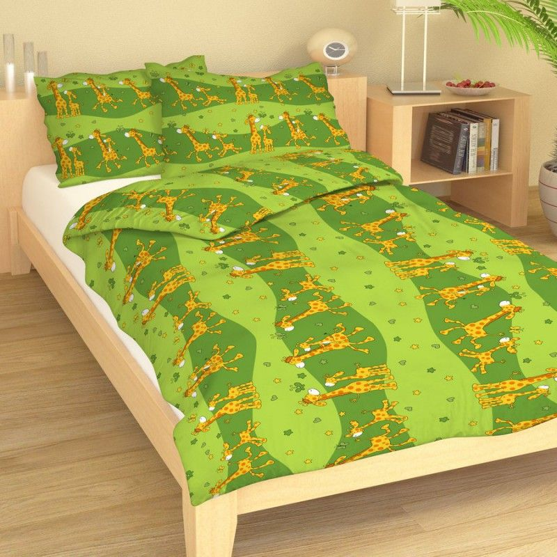 Petr Smolka Krepové dětské povlečení Žirafy zelené Rozměr: 140x200cm+70x90cm