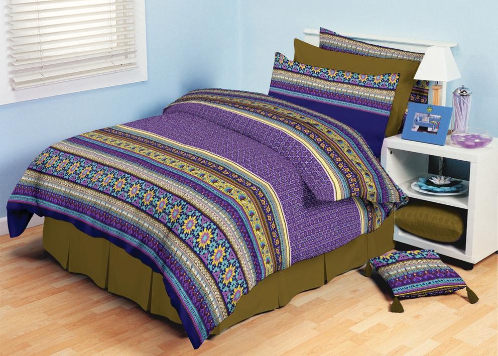 Bavlněné povlečení fialové květinky fialové Rozměr: 220x200cm+2x70x90cm