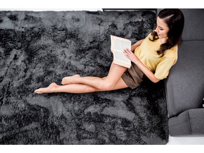 Plyšový kusový koberec grafit (Rozměr 100x150cm)