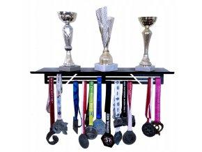 Kovová polička na poháry s věšákem na medaile 50x15.5x10cm černá (1)