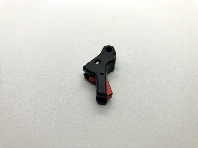 Černá:červená FLAT