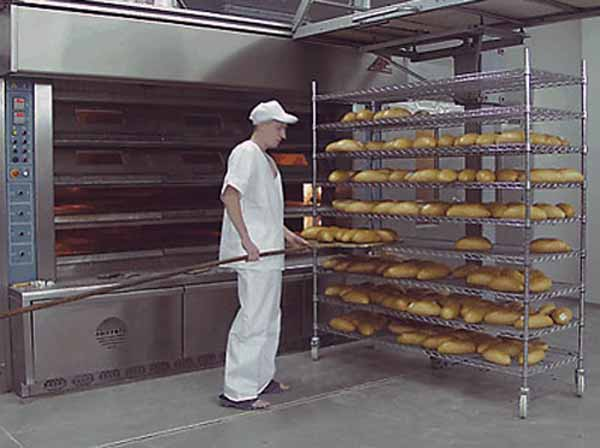 regal-pro-pekarny