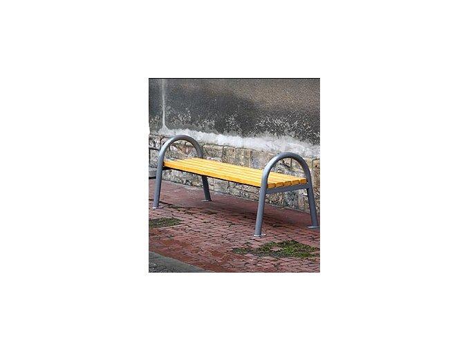 Parková lavička s oblúkom