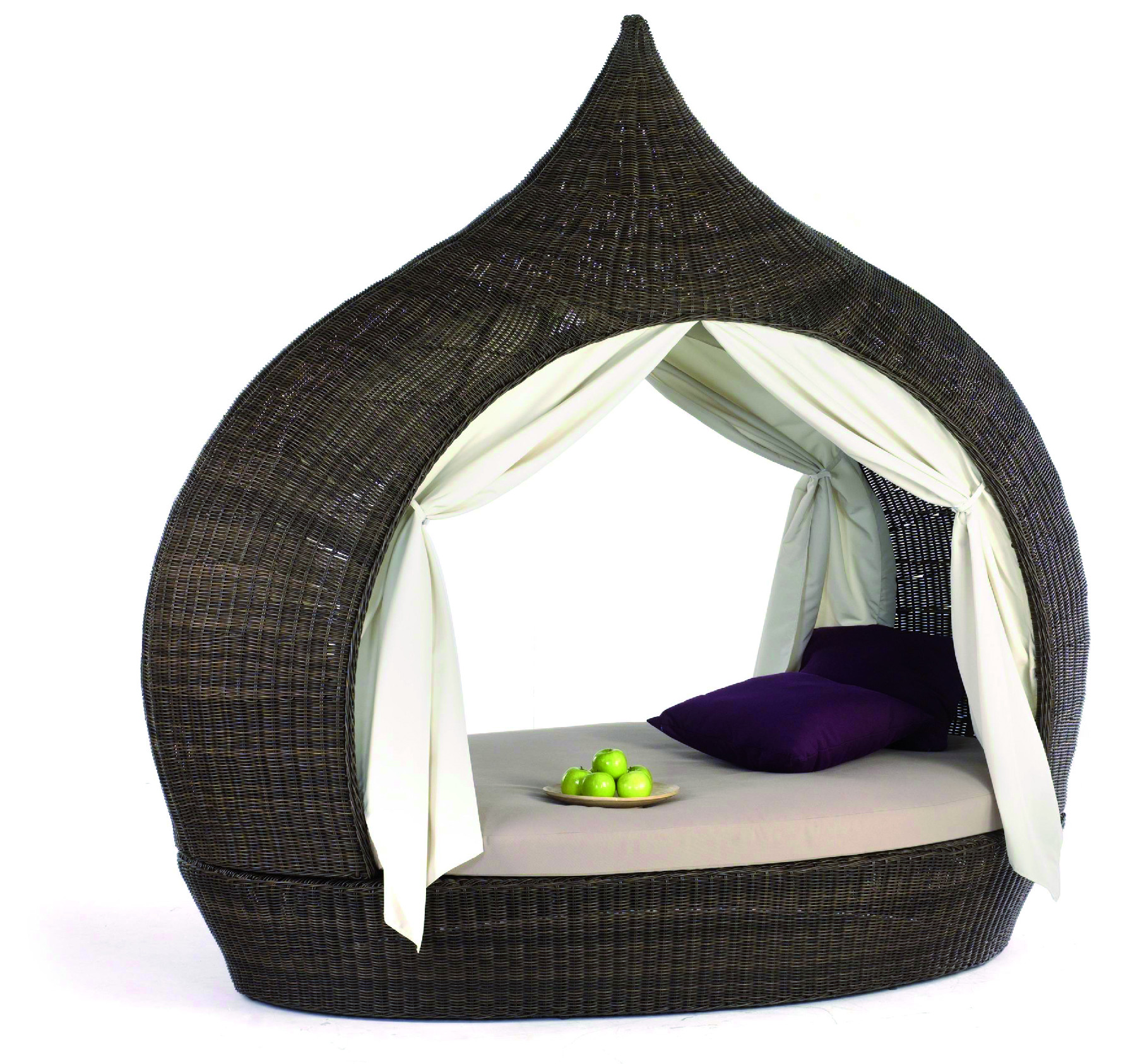 Luxusní nábytek Domus Ventures