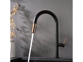 Kuchyňská baterie se sprchou APOLLO černá/zlatá