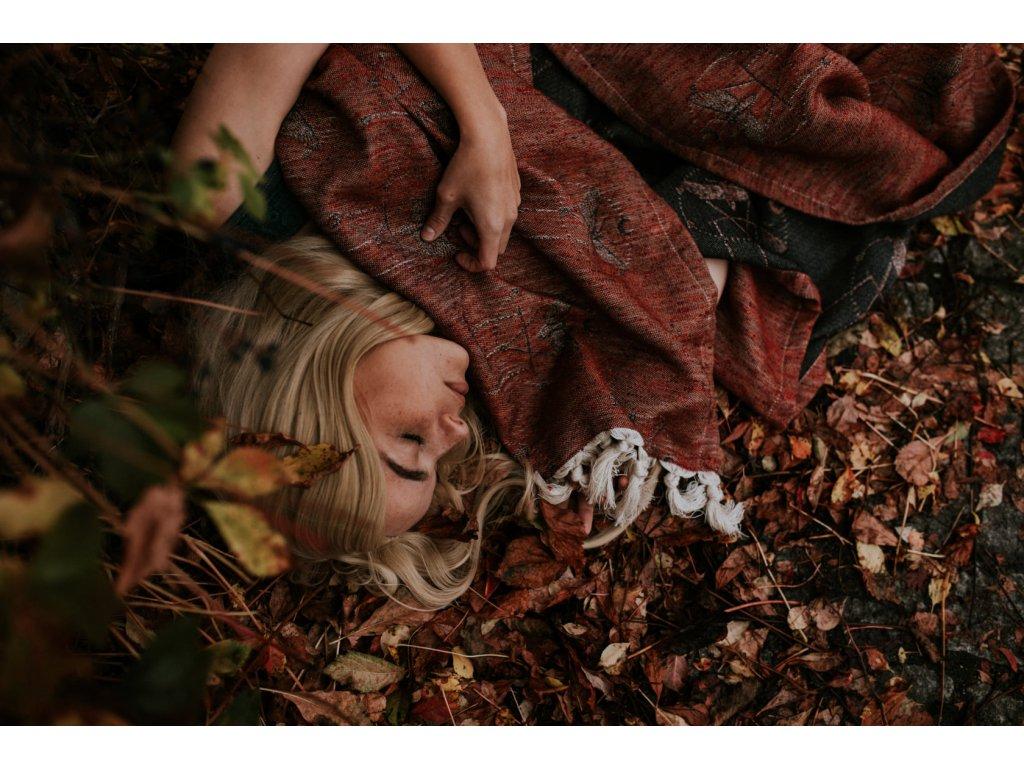 Šátek Wild Slings Les tenebres- feuilles mortes