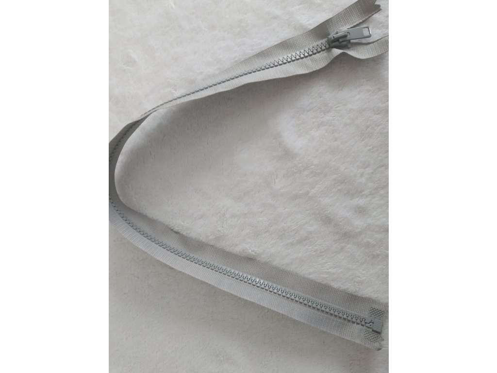 zip kostěný světle šedý plastový 45cm