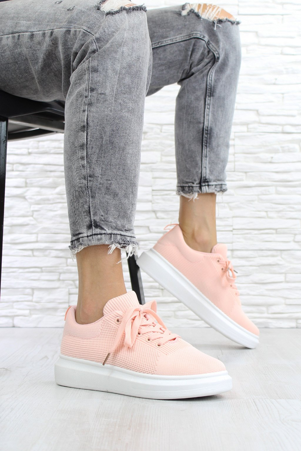 Pink sneakers LV82 4PI (1)