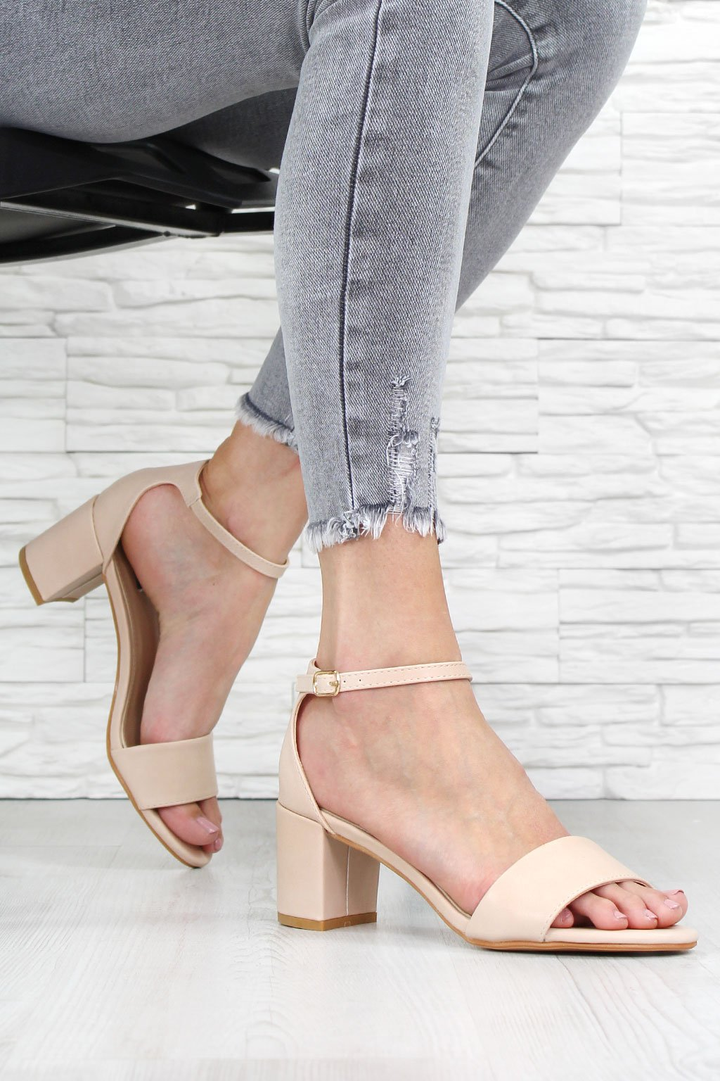 Béžové sandály na podpatku 7313 14BE (1)
