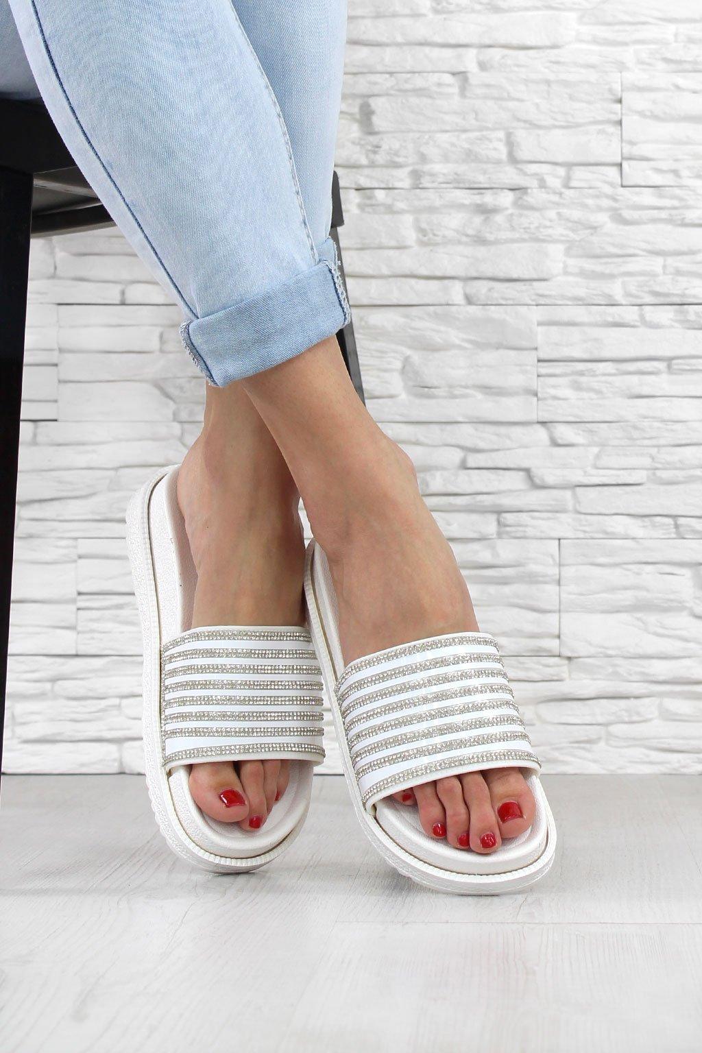 Pantofle na platformě G 553 2WH (1)