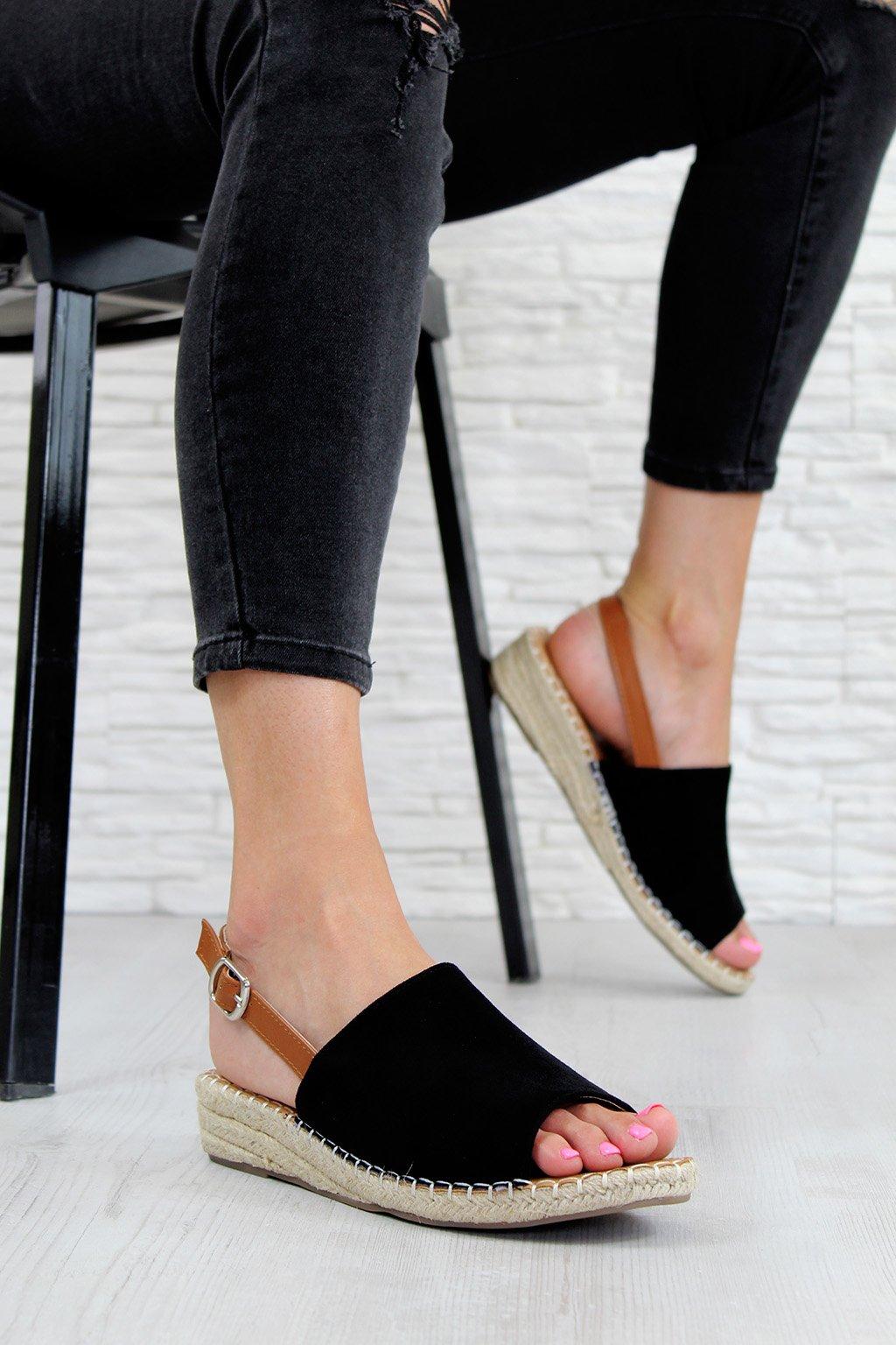 Y001 1B Sandály s otevřenou špičkou (1)