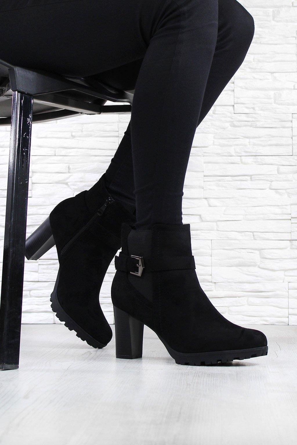 Kotníkové boty na platformě 703 1B