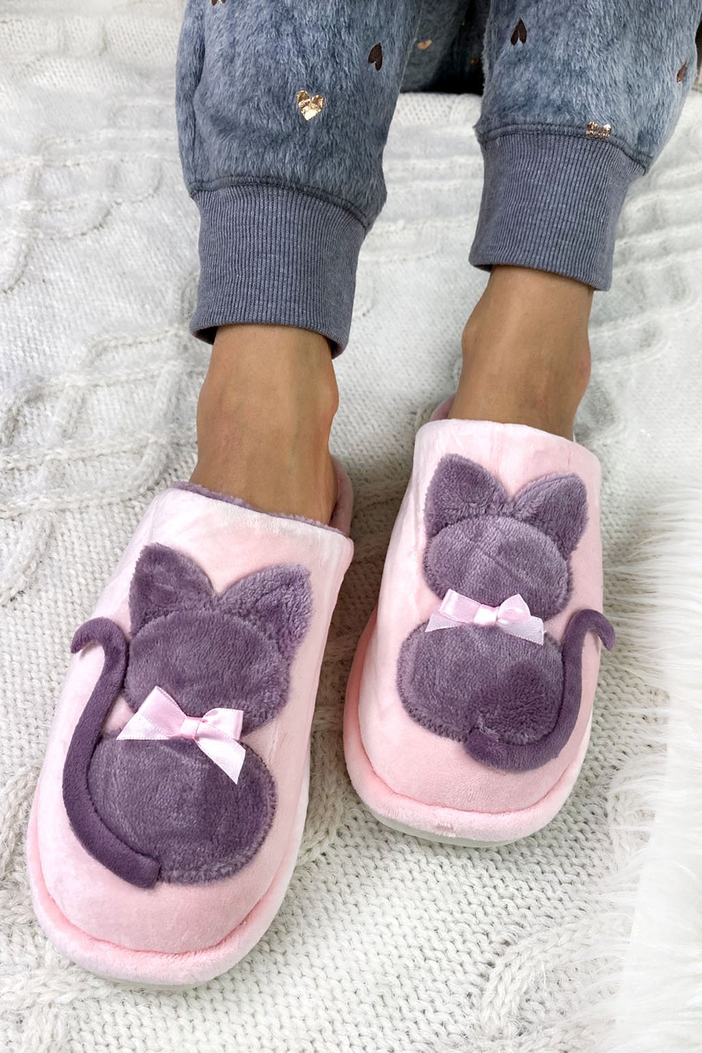papuce kocka fialove