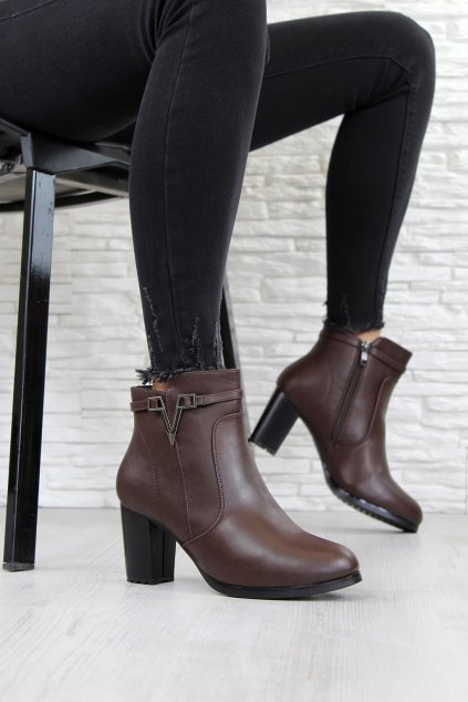 Zateplené kotníkové boty CK50 6BR (2)