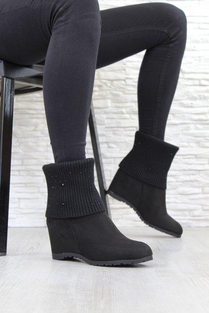 Černé boty na klínku MD7203 1B (2)