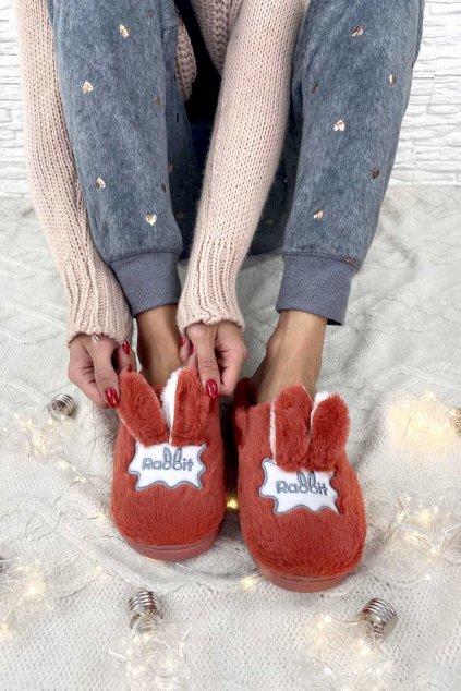 papuce s usima