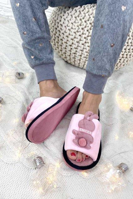 Pantofle pi