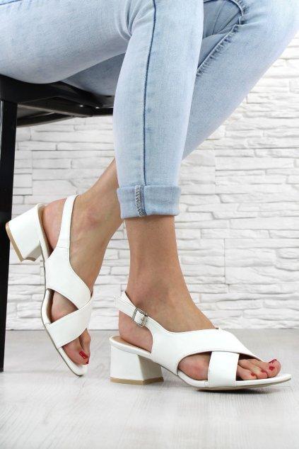Sandály na hrubém podpatku 9252 41WH (1)