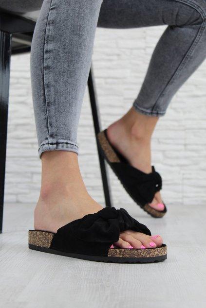 711 1B Černé pantofle (1)