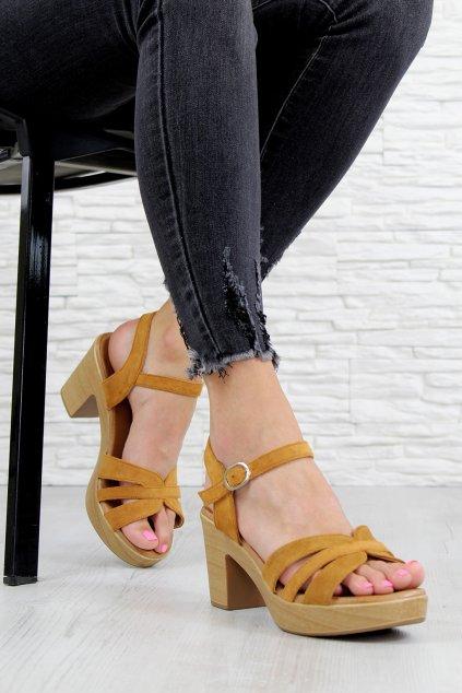 E016 3CA Sandály na podpatku (2)