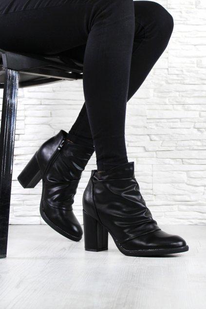 Boty na podpatku (2)