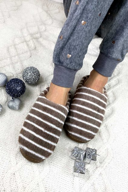 Papuče s proužky
