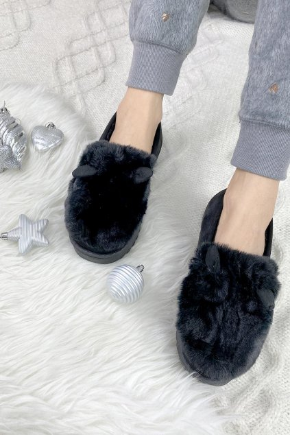 papuce cerne