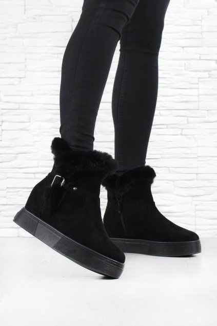 Zimní boty na klínku