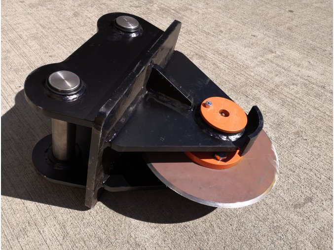 Řezačka asfaltu RP 400
