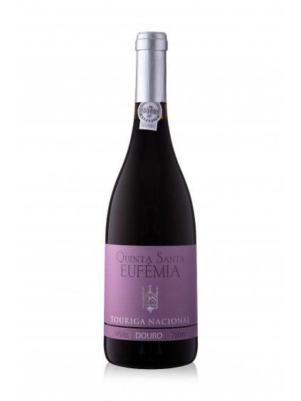 Červené víno Touriga Nacional