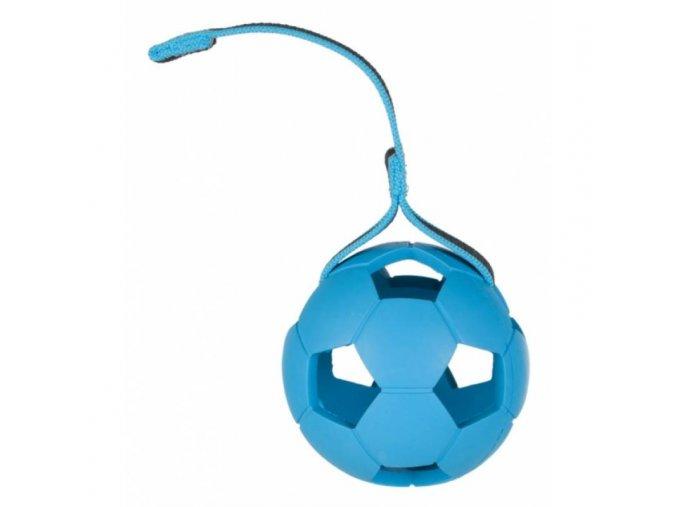 15609 trixie vrhaci micek fotbalovy s dirami tvrda guma na pasku 7cm