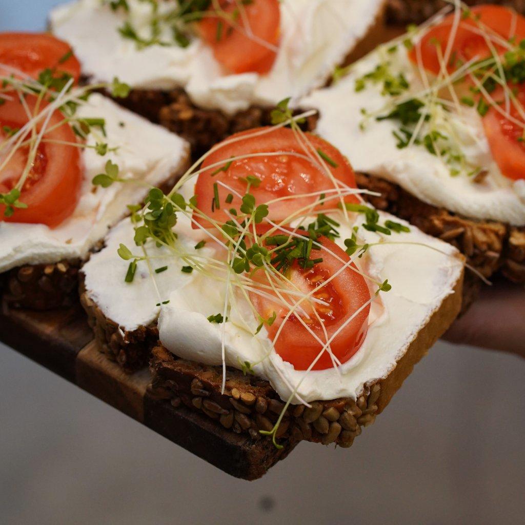 Chlebíček s naším smetanovým sýrem