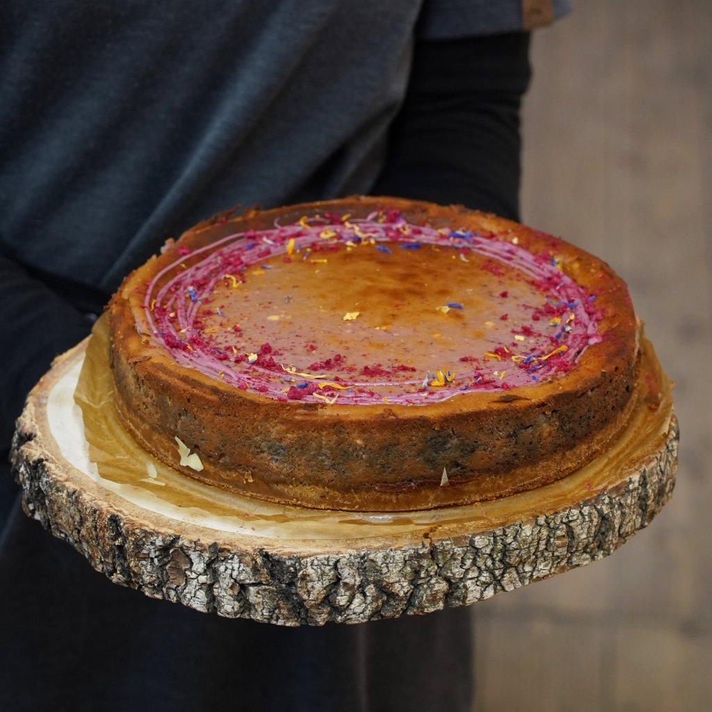 Borůvkový cheesecake.