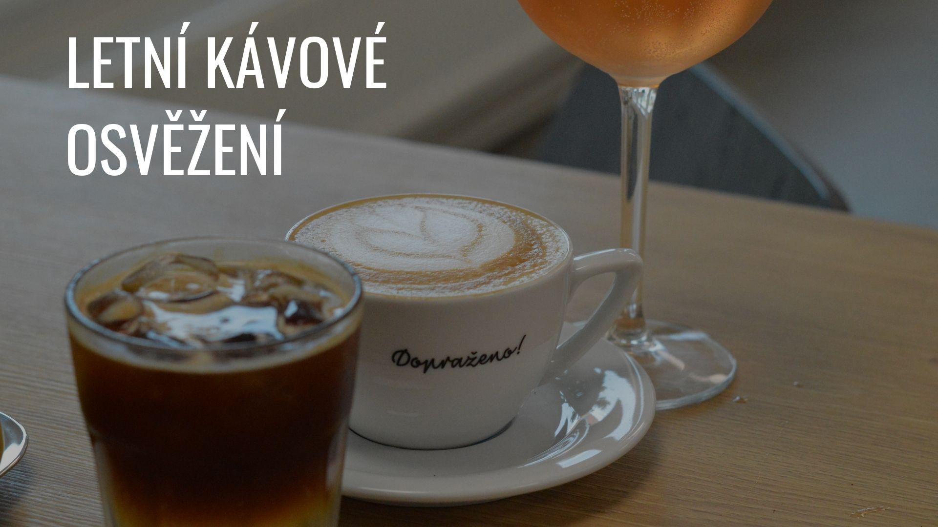 5 letních drinků z kávy, které letos frčí