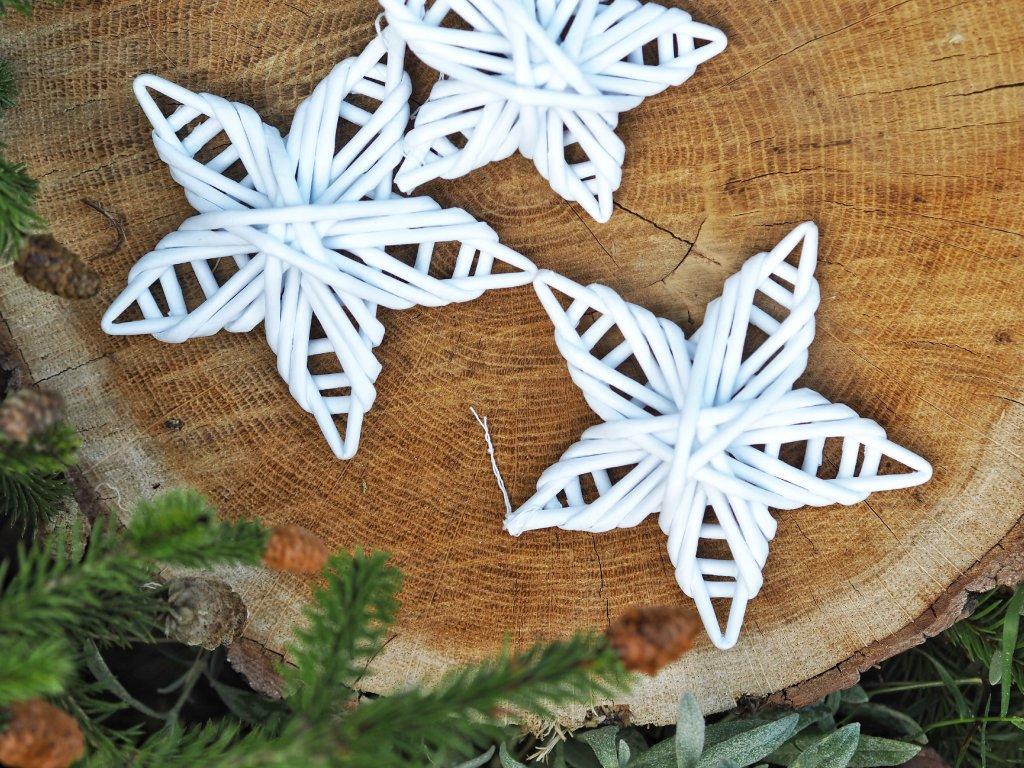 Hvězdy na stromeček- bíle