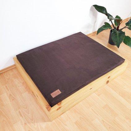 Dřevěný interiérový pelíšek s ortopedickou matrací - DUB