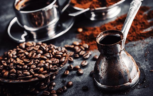 Co to je Džezva? A jak v ní připravit lahodnou kávu?