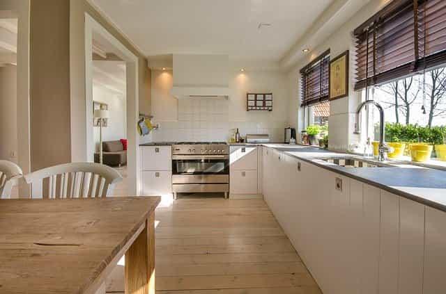 Jakou zvolit podlahu do Vaší kuchyně?
