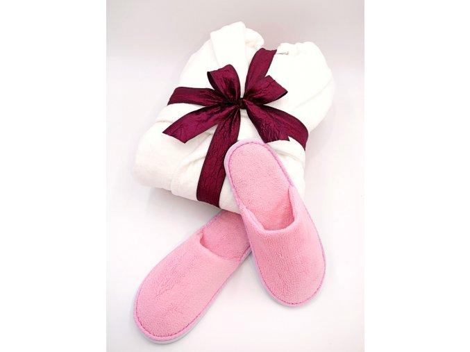 dámsky velurový župan, růžové pantofle