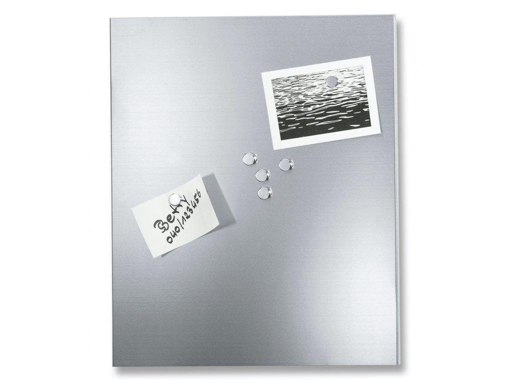 Menší magnetická tabule
