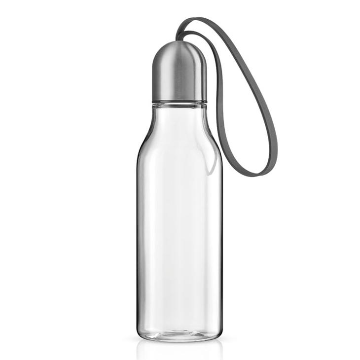 Sportovní lahev na pití 0,7 l s šedým řemínkem, Eva Solo