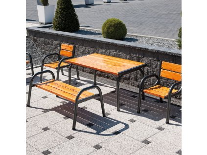 Dřevěný zahradní stůl Park Lux 151 x 86 x 73 cm PATIO
