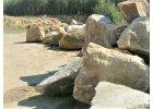Kameny, drtě, solitéry